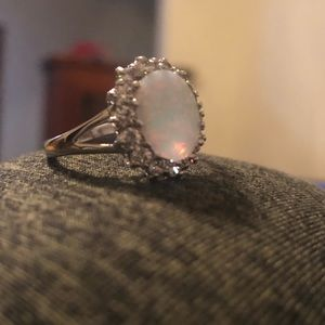 Jewelry - Opal ring size 10/11